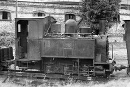 Toury. TPT : Tramway Pithiviers - Toury. Cliché Jacques Bazin. 08-10-1960 - Trenes