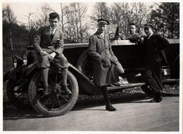 Photo Originale Mercedes-Benz Type 200, 1926 & Sa Bande De Copains Ou Pas - Torpédo, Cabriolet Vers 1930 - Auto's