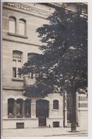 CARTE PHOTO ( FOTOKAART ) ECRITE DE UCCLE ( UKKEL ) 1911 - HABITATION - ECOLE ? - BATIMENT ADMINISTRATIF ? - VILLA ? - - Uccle - Ukkel