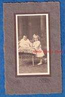 Photo Ancienne - ALOST ( Belgique )- Beau Portrait D' Enfant - Petite Fille & Bébé - Photographe R. Blondiau - Robe Mode - Photos