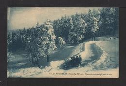 CPA. 38 . VILLARS-de-LANS . Sports D'hiver . Piste De Bobsleigh Des Clos . Petite Animation . - Villard-de-Lans