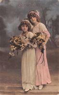 Bonne Fête - Jeune Fille - Enfant - Fleur - Panier - Portrait - Robe - Compleanni