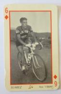 CARTE A JOUER Ancienne 6 De Carreaux Rouge Coureur SUAREZ - Cyclisme