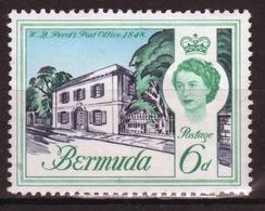 Bermuda Elizabeth II 1962 Single 6d Stamp From The Definitive Set. - Bermuda