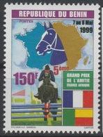 Bénin 1999 Mi. 1224 150 F Fauna Faune Horse Riding Cheval Hippisme Pferd Grand Prix De L'Amitié France Afrique - Bénin – Dahomey (1960-...)