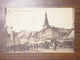 Jodoigne : Place De La Bruyère - Un Jour De Marché - Jodoigne