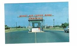 MINOT, South Dakota, USA, Entrance To  Minot Air Force Base, 1982 Chrome Postcard - Minot