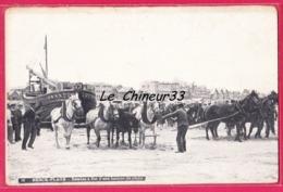 62 - BERCK PLAGE---Remise A Flot D'une Barque De Peche---attelage--animé - Berck