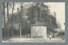 Beauvais - Le Palais De Justice - La Porte Limaçon, La Cathédrale Et La Rue Saint Pierre   Maca0351 - Beauvais
