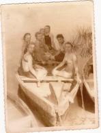Young Girls Swimsuit  Boat  Nude Nu Nue - Femme Homme - Maillot De Bain  - Frau Mann Strand - Vintage - Pin-ups