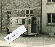 Ardennes. ST. GERMAINMONT. 1968. Bureau Mobile AIRE Annexe Mobile 1 - Photographs