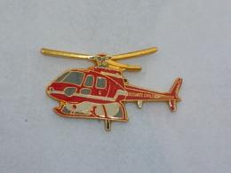 Pin's HELICOPTERE DE LA SECURITE CIVILE D - Brandweerman