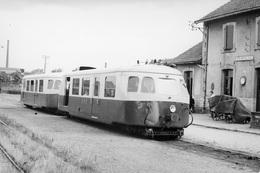 Gueugnon. Autorail Billard. Chemins De Fer Départementaux De Saône-et-Loire. Cliché Jacques Bazin. 21-06-1953 - Treni