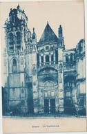 Eure :  GISORS : La  Cathédrale - Gisors