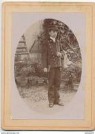 1 Photo - Portrait D'un Jeune écolier En Uniforme Avec Casquette  Et Chapelet (Ca 1900) - Communion - Photographs