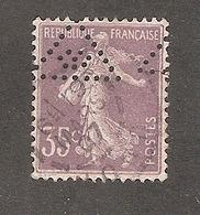 Perfin/perforé/lochung France No 136 Ou 142 Forges De La Providence - Francia