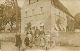 KAURITZ GOSSNITZ 1911 CARTE PHOTO SOLDAT ALLEMAND ET FAMILLE - Allemagne