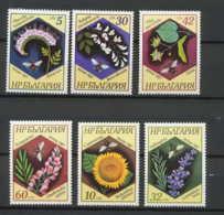 Bulgarie (Bulgaria) MNH ** 315- 3103 / 3108 Abeilles Bee Fleurs (fleur Flower Flowers) - Abeilles