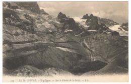 La Grave Sur Le Glacier De La Meije - France