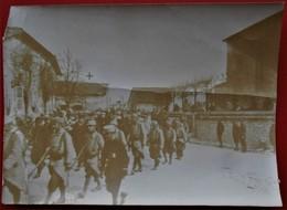 Photo 55 DOMBASLE EN ARGONNE Enterrement D Un Officier Bombardement Du 1er Mai 1915 - Guerre, Militaire