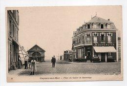 - CPA CAYEUX-SUR-MER (80) - Place Du Canot De Sauvetage (avec Personnages) - Edition B. F. N° 20 - - Cayeux Sur Mer
