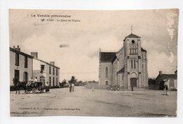- CPA L'OIE (85) - La Place De L'Eglise (avec Personnages) - Collection G. M. D. 587 - Photo Dugieux - - France
