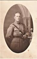 Rare Photo Carte Soldat Avec  N°9 Au Col Et Insigne Sur Fourragère - 1914-18