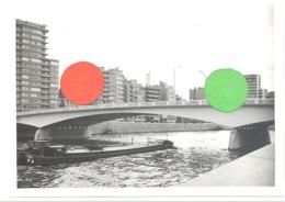 LIEGE - Pont De La Boverie Vers 1950...60- Photo 13 X 18 Cm, Péniche, Bateau,...  (b272) - Places