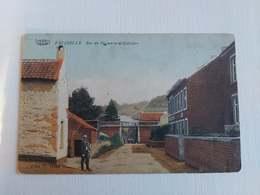 Carte Postale Belgique, Falisolle, Rue Des Vignerons Et Calvaire - Belgique