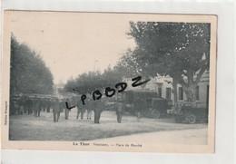 CPA - 84 - LE THOR - Place Du Marché - Animation Vieilles Automobiles - Pas Courante - France