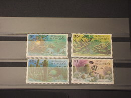 ST. VINCENT GRENADINES - 1976 CORALLI 4 VALORI - NUOVI(++) - St.Vincent E Grenadine