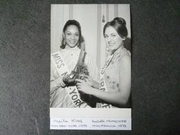 Isabelle Krumacker Miss France 1973 / Sheila King  Miss New York 1973   Photo - Photos