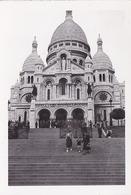 PHOTO ORIGINALE 39 / 45 WW2 WEHRMACHT FRANCE PARIS SOLDATS ALLEMANDS DEVANT LA BASILIQUE DU SACRE COEUR - Guerre, Militaire
