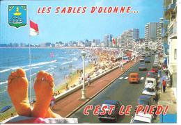 SABLES D'OLONNE - C'est Le Pied ! - Voiture : Renault 4 L - R 20 Ou R 30 - Simca 1100 - Sables D'Olonne