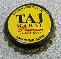 Inde Capsule Bière Beer Crown Cap TAJ MAHAL Premium Lager Beer Blossom Industries SU - Bier