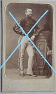 Photo CDV Officier De CAVALERIE Circa 1870 Chasseur à Cheval ? Lancier ? Lansier ? Sabre Sword Armée Belge ABL - Photographs