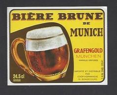 Etiquette De Bière Brune   -  De Munich  -  Importé Et Distribué Par Coop Normandie à Bonsecours   (76) - Bière