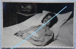 Photo POST MORTEM Enfant Jeune Femme Circa 1935 Morte à ATH ? - Photographs