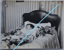 Photo POST MORTEM Enfant Child Circa 1930 Mort - Photos