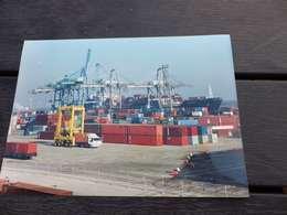 P-3 , Photo Port Autonome De Marseille , Immense Grue Pour Décharger Les Containers - Luoghi