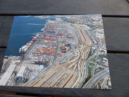 P-14 , Photo Port Autonome De Marseille , Vue D'ensemble Du Port, Containers, Grues, BAteaux, Ligne De Chemin De Fer - Luoghi