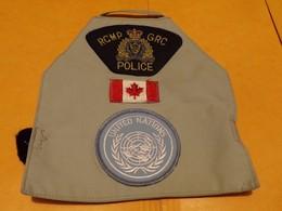 ECUSSON TISSU : CANADA : BRASSARD UNITED NATIONS , POLICE CANADIENNE  , ETAT VOIR PHOTO  . POUR TOUT RENSEIGNEMENT ME CO - Ecussons Tissu