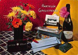 Hartelijk Gefeliciteerd After Eight Napoleon Bottle Flowers In Vase Postcard - Gruss Aus.../ Grüsse Aus...