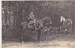Amboise - Chasse à Courre En Forêt. La Meute Avant Le Rendez-Vous. Hunting Scene, ± 1910 - Chasse