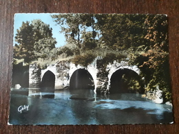 L22/1053  Mouzillon. Le Pont Gallo-Romain - France