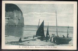 YPORT 76 - Barques De Pêche Sur La Plage - #B606 - Yport