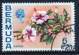 Bermuda Elizabeth II 1970 Single 6c Stamp From The Flowers Definitive Set. - Bermuda