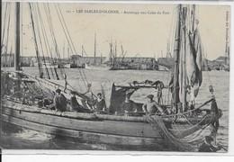Les Sables D'Olonne- Accostage Aux Cales Du Port - Sables D'Olonne