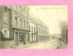 CARTERET     La Rue De Paris   - Dos Simple- Circulée. - Carteret