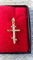 Croix Orthodoxe Plaqué Or Pendentif Avec Anneau Flambeaux Religion - Pendentifs